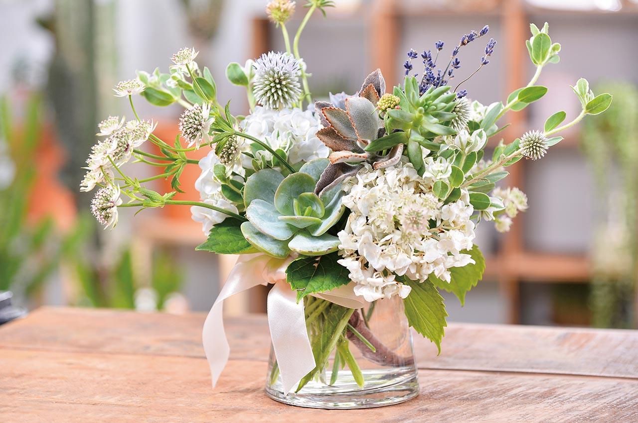 多肉植物花藝課程 無與倫比的美麗課程成果展示,將多肉植物與花藝花束結合再一起,歐風的自然插花
