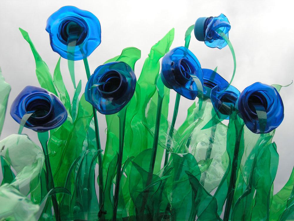 藍色塑膠花