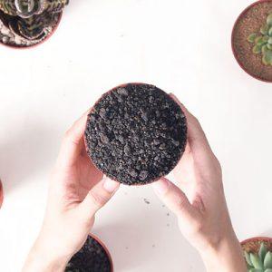 多肉植物專用介質-黑火山石 400