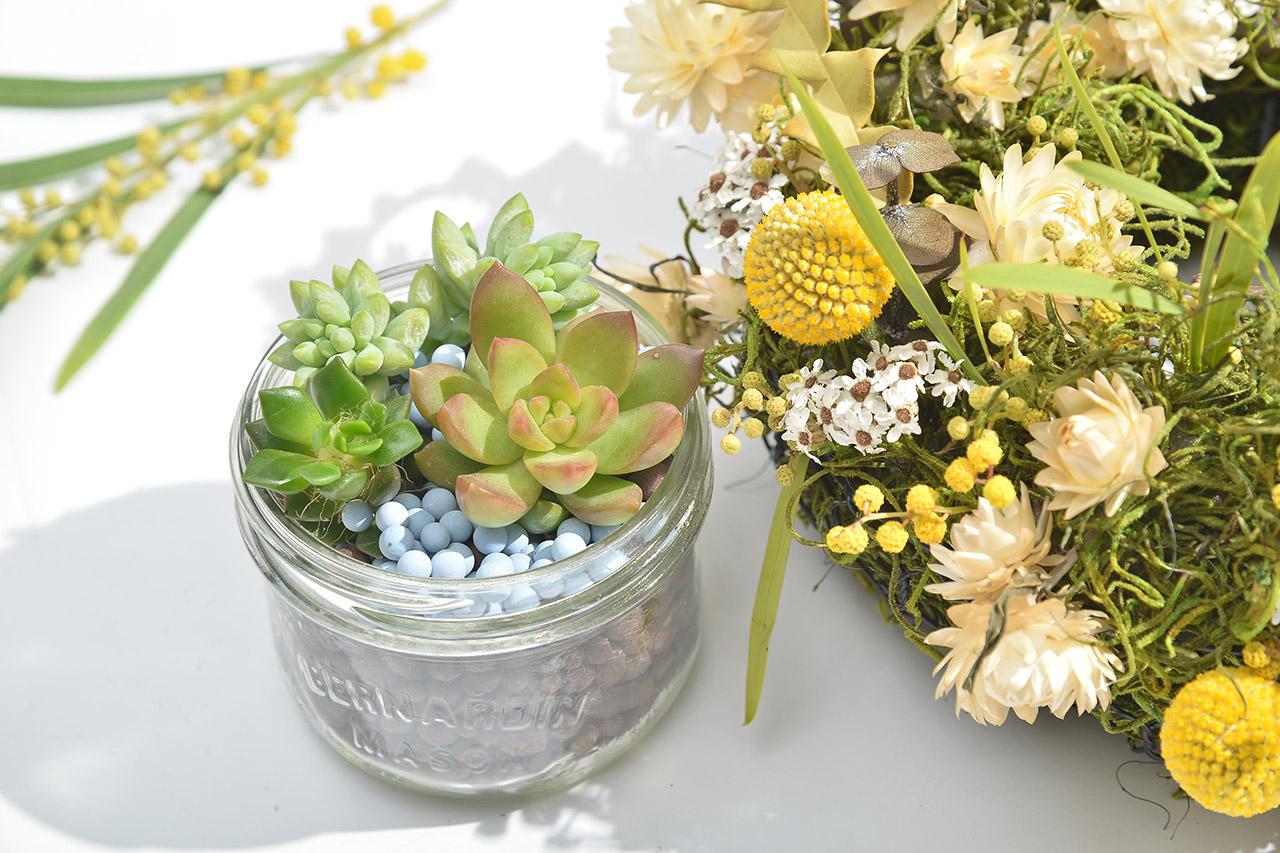 乾燥花花圈體驗課程,手作花圈花藝結合多肉植物盆栽組合,黃色系的秋日風情