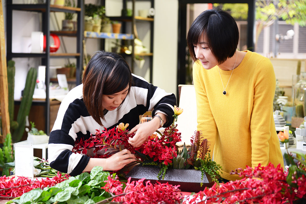 新春好旺!送禮水果籃、春節花藝課程一次到位! 13