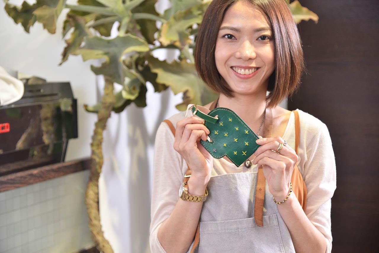 仙人掌皮革卡套是非常適合任何階段的人都可以做的課程,初學者都可以輕鬆上手