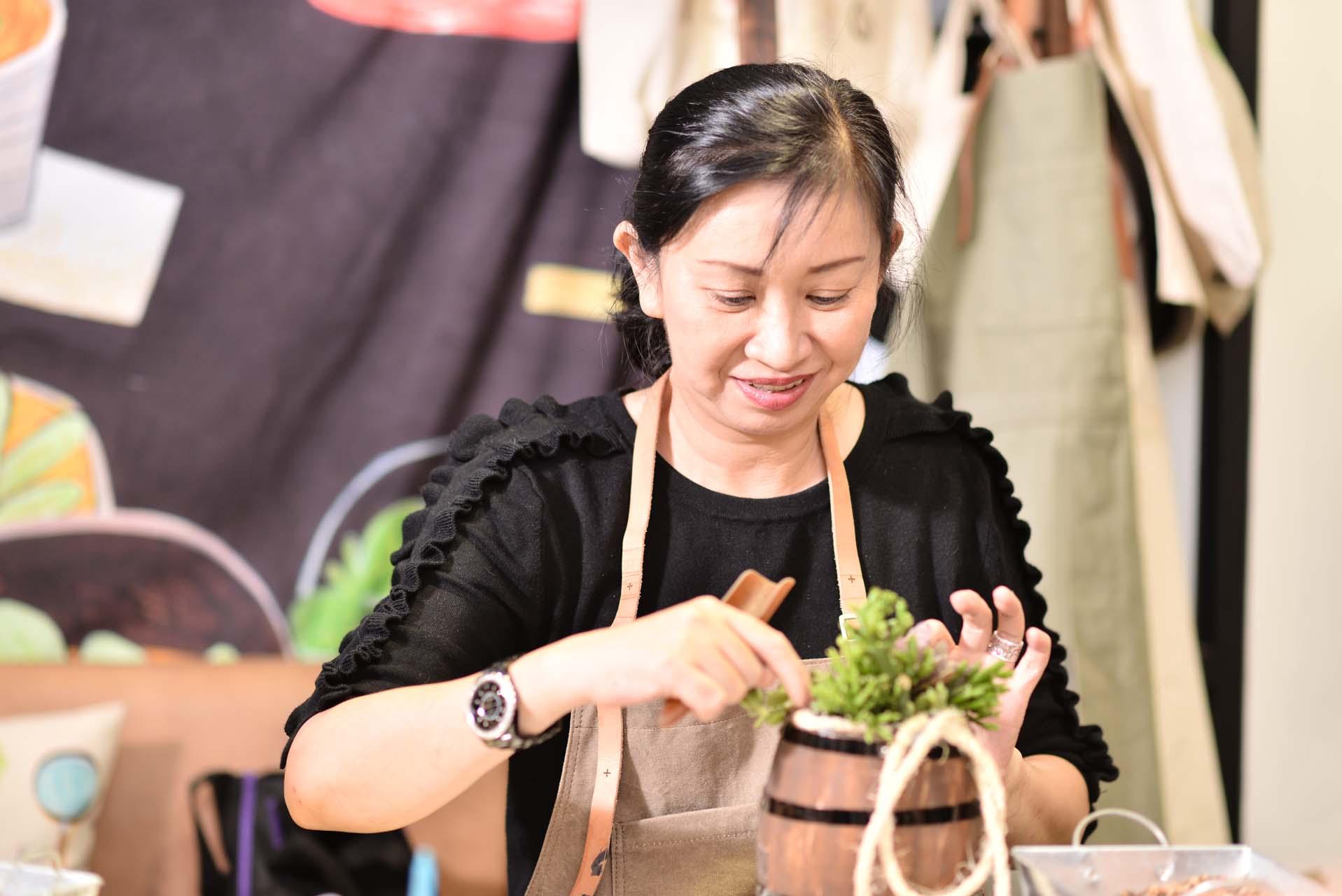 初學者也可以很好掌握上課的節奏,台北花藝體驗推薦來有肉玩喔