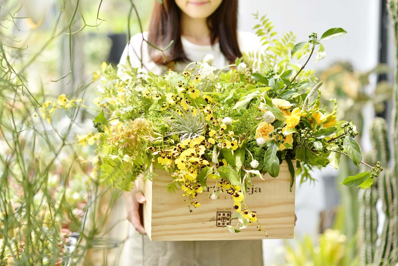 在找台北花藝課程嗎?極致美感的花藝體驗,來有肉花藝課程教室上一堂絕美的課程吧!