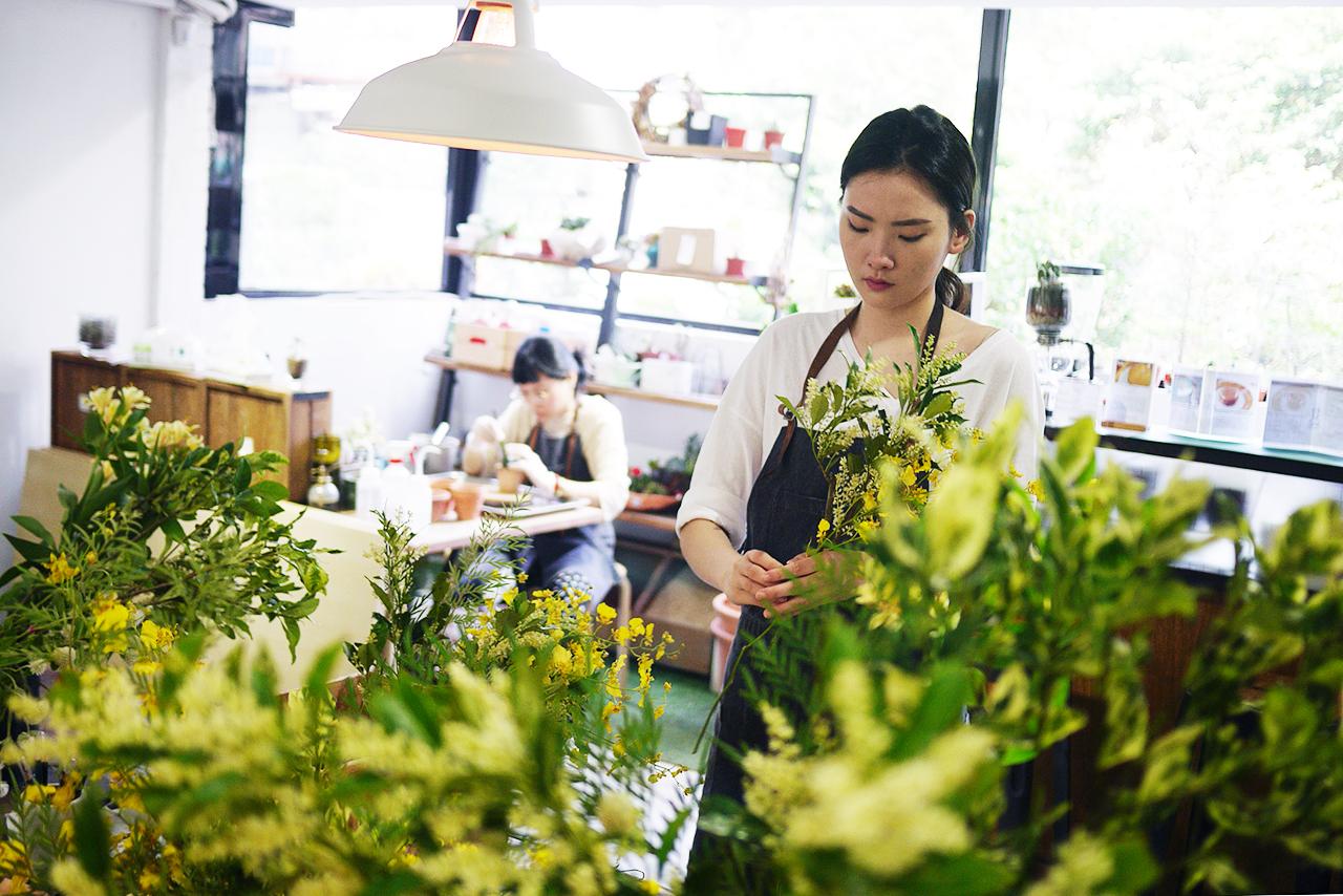 抒情狂想曲 花藝體驗 台北花藝課程 插花課 手綁花束 有肉 手作課程 上課實拍照