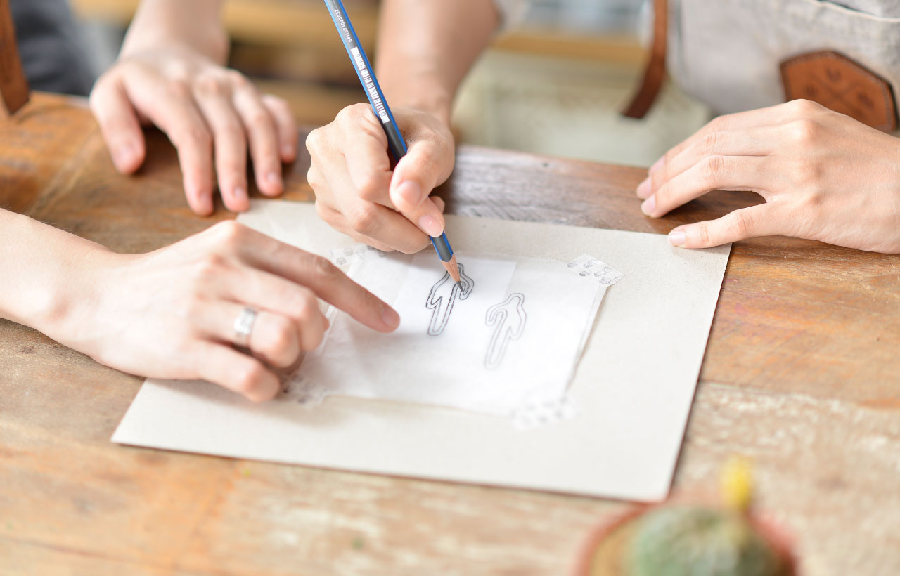 手作銀飾體驗課程,從設計形狀到手作,全都交由你一個人體驗,在老師的帶領下一步步完成作品