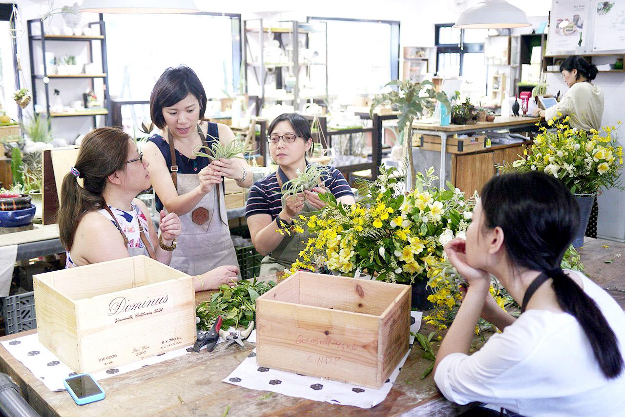 抒情狂想曲,插花課程,手綁花束,課程上課過程,專業花藝師授課