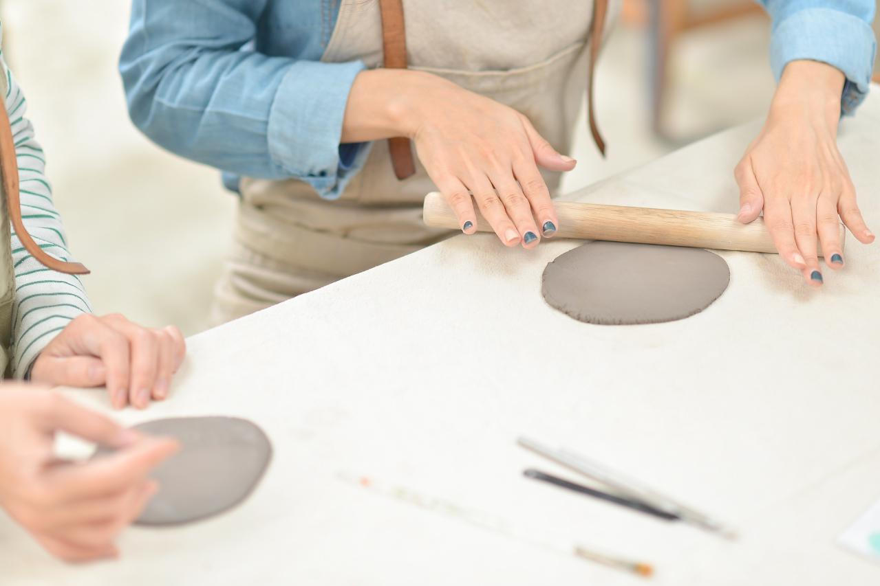 手捏陶體驗課程