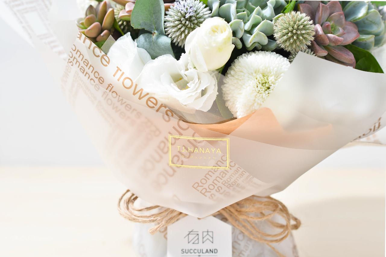 與花藝品牌TJ合作的花束作品