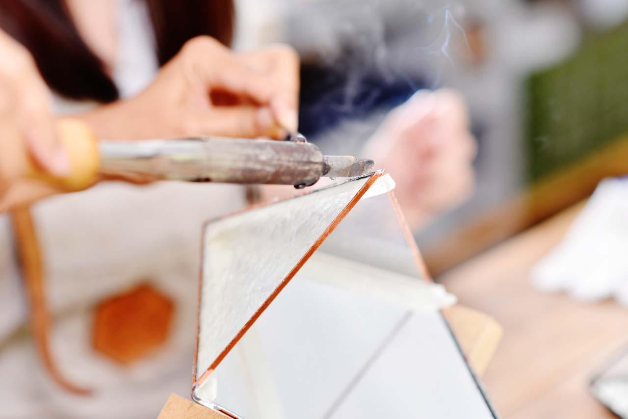 鑲嵌玻璃製作工藝
