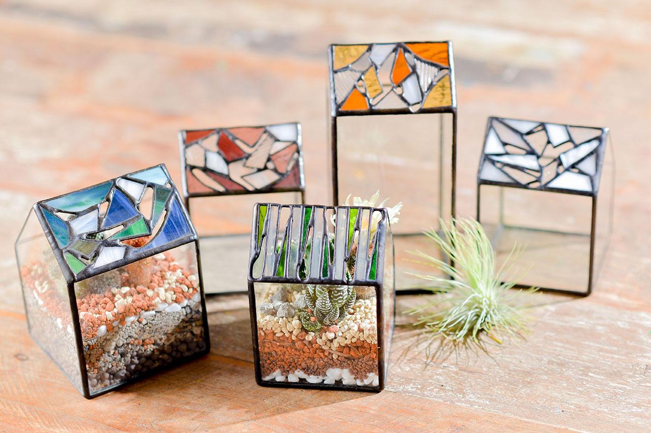 鑲嵌玻璃與空氣鳳梨