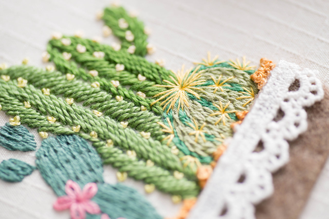植物刺繡細節