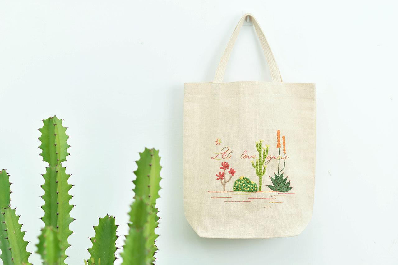 刺繡布袋與仙人掌