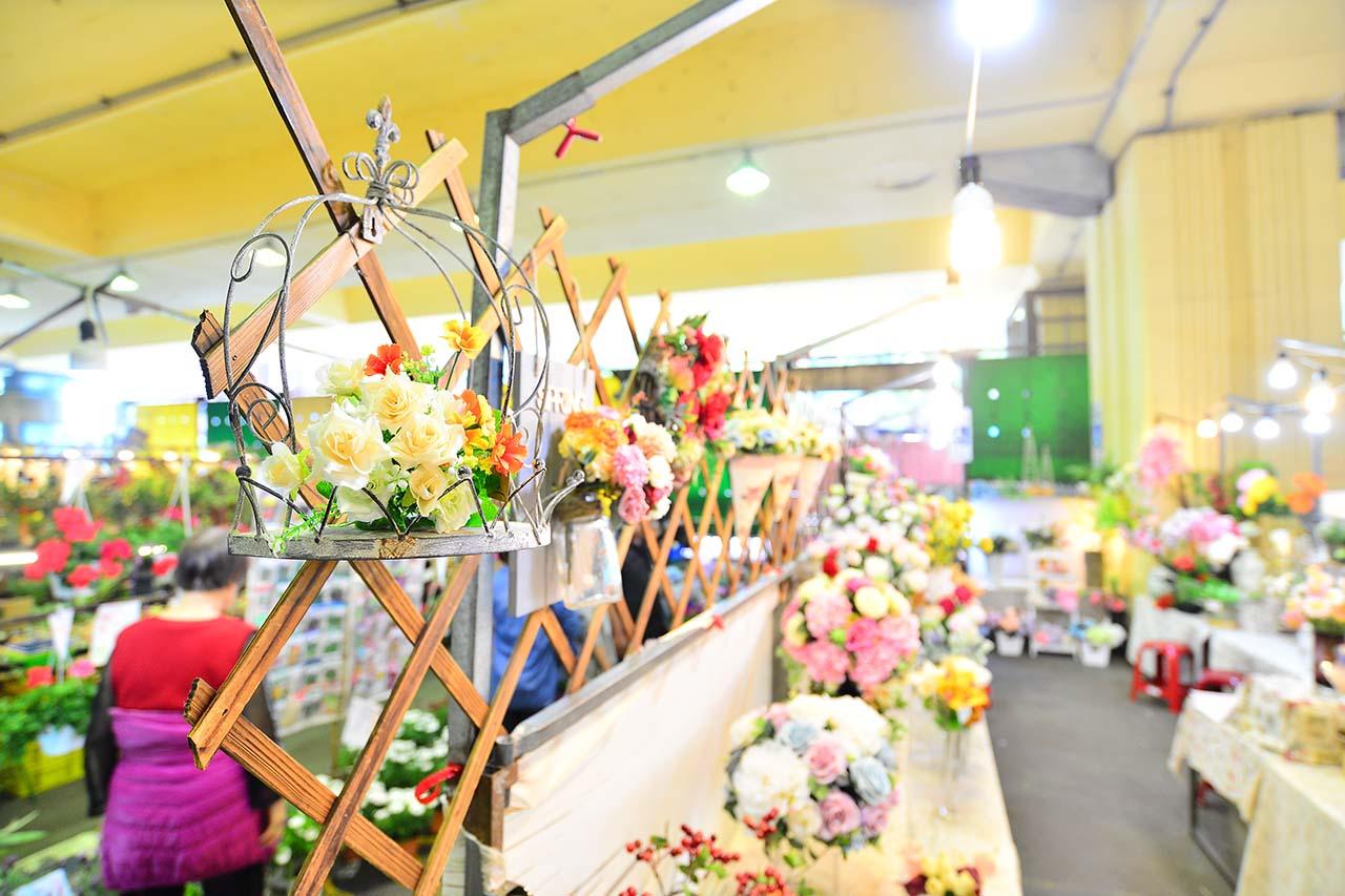 建國花市買人造花盆栽