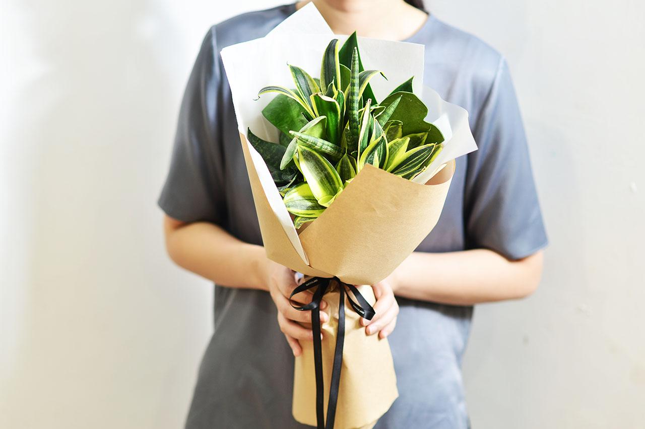植感情人 – 七夕情人節限定 2021 七夕情人節花束 多肉植物虎尾蘭花束3