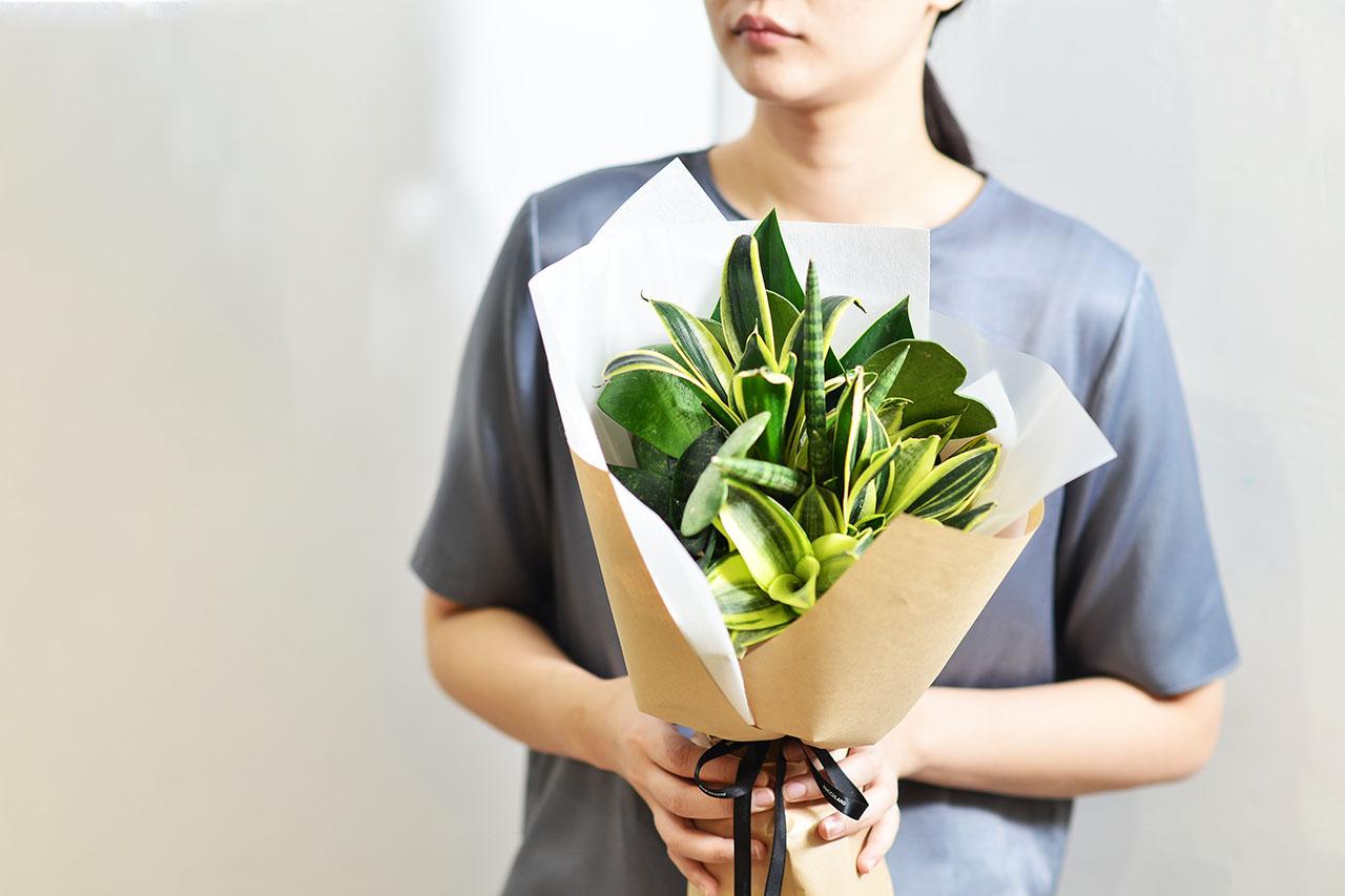 2021 七夕情人節花束-多肉植物虎尾蘭植束1